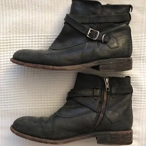 Frye Ankle Boot Size 9